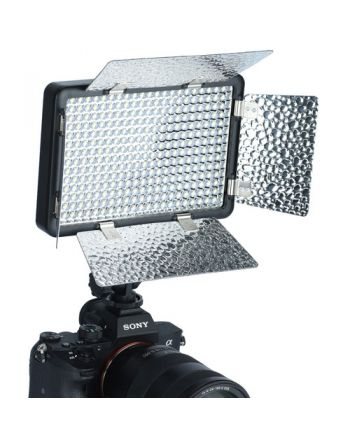 Caruba T-Mount adapter Leica M